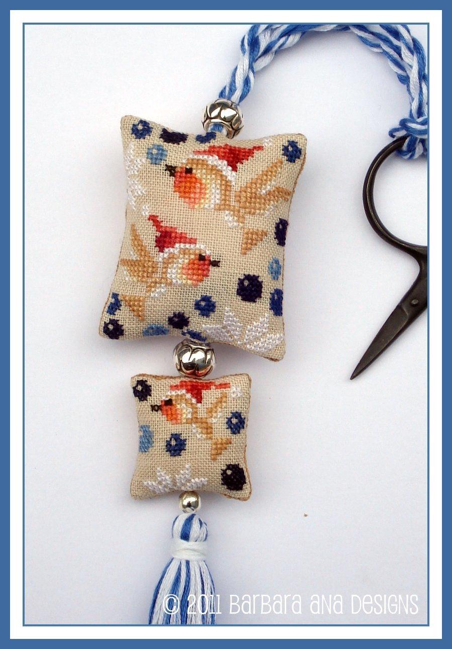 Christmas robins scissor fob 6231883563 o